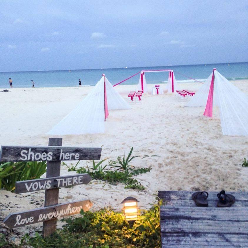 Sandos Playacar beach ceremony entrance